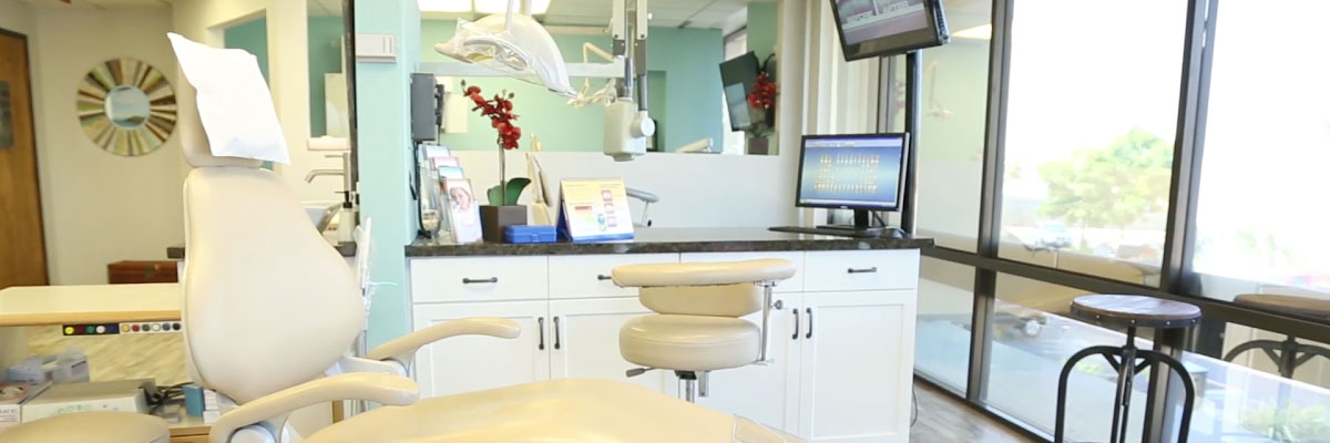 Costa Mesa Options for Replacing Missing Teeth